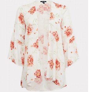 NWT Torrid Floral Kimono